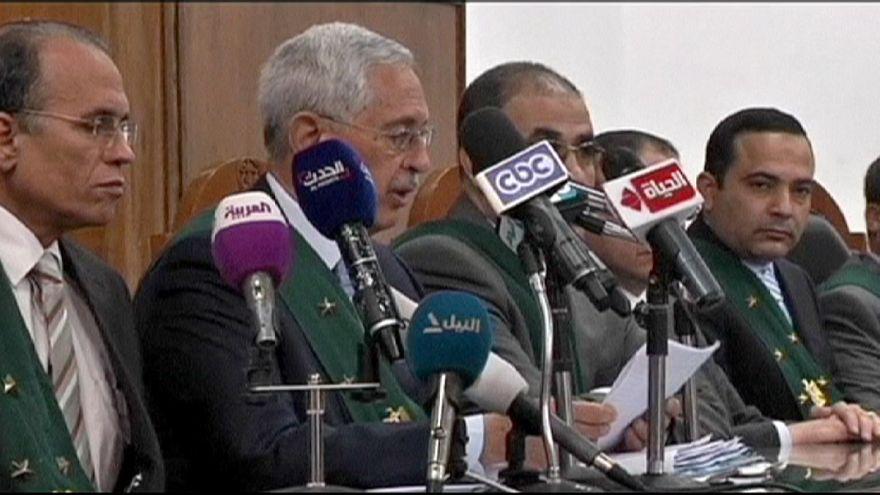 Mısır genel seçimler için verilen erteleme kararını tartışıyor