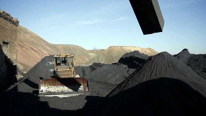 30 bányász meghalt egy kelet-ukrajnai bányarobbanásban