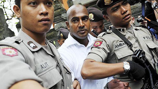 انتقال دو شهروند استرالیایی به جزیره ای در اندونزی برای اجرای حکم اعدام
