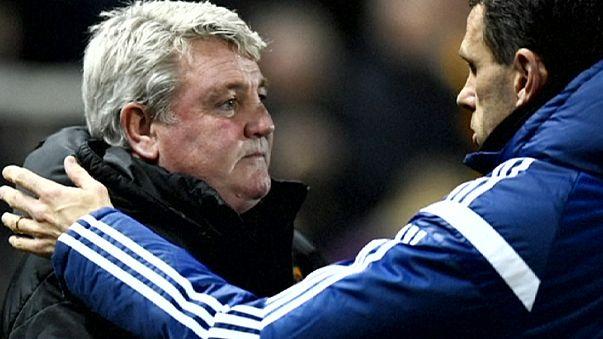 Premier League: rissa sfiorata fra Poyet e Bruce