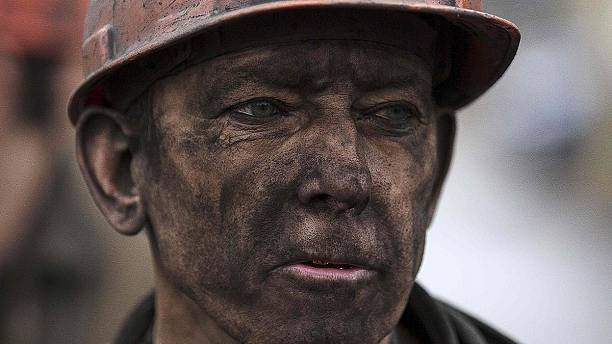 The recovery of bodies goes on after Donetsk mine blast