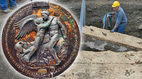 Βεργίνα: Βρήκαν τον αρχαίο καθρέφτη του Ερωτα!