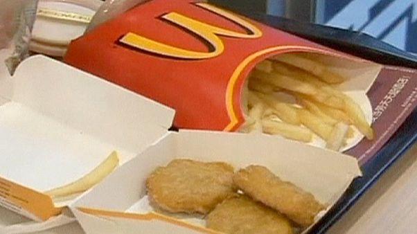 """Макдональдс"": нет курам, выращенным на антибиотиках"