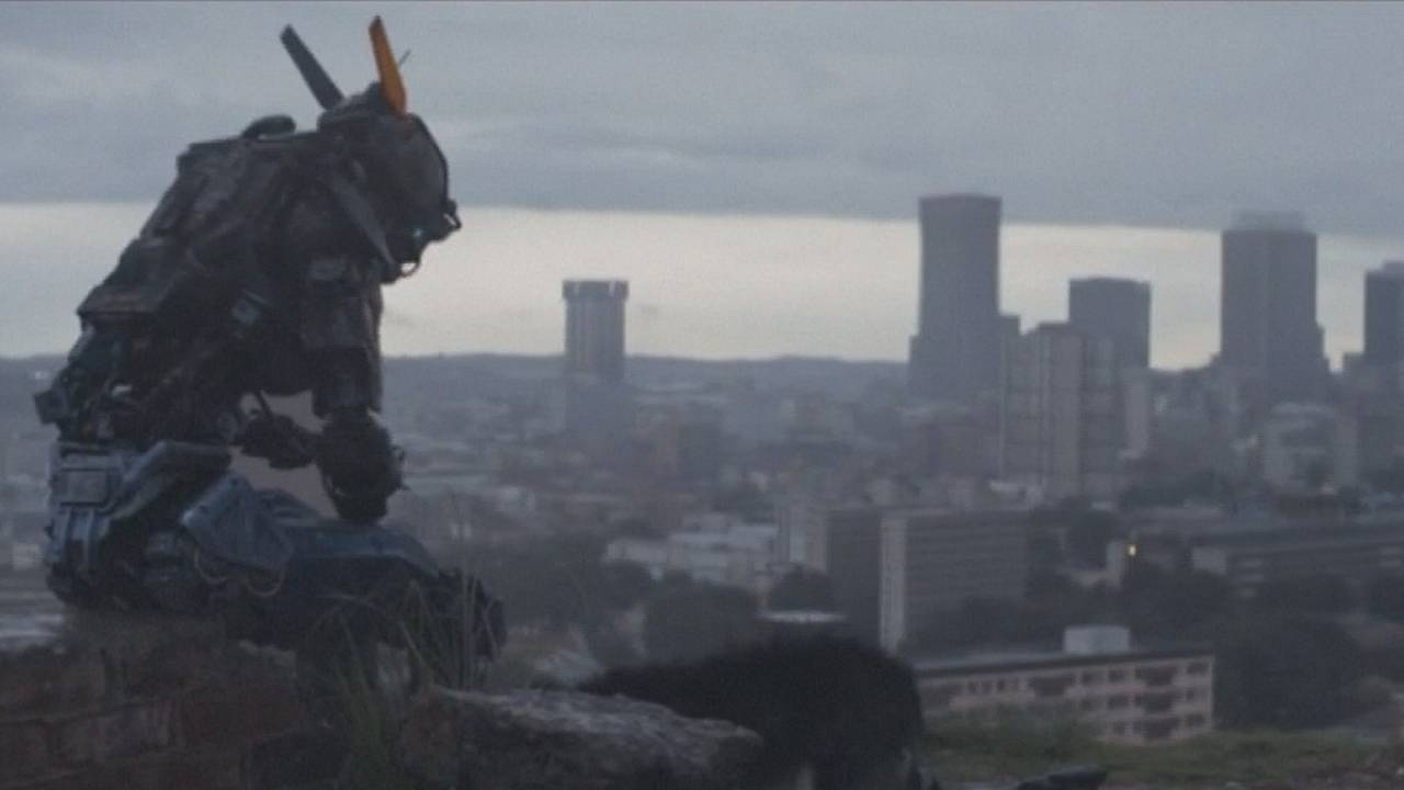 """Chappie"" robot d'action en quête de sentiments"