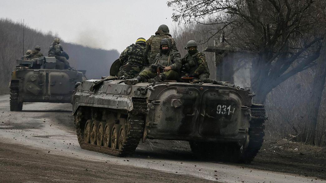 Kiev, doğudaki asker sayısını 250 bine çıkardı