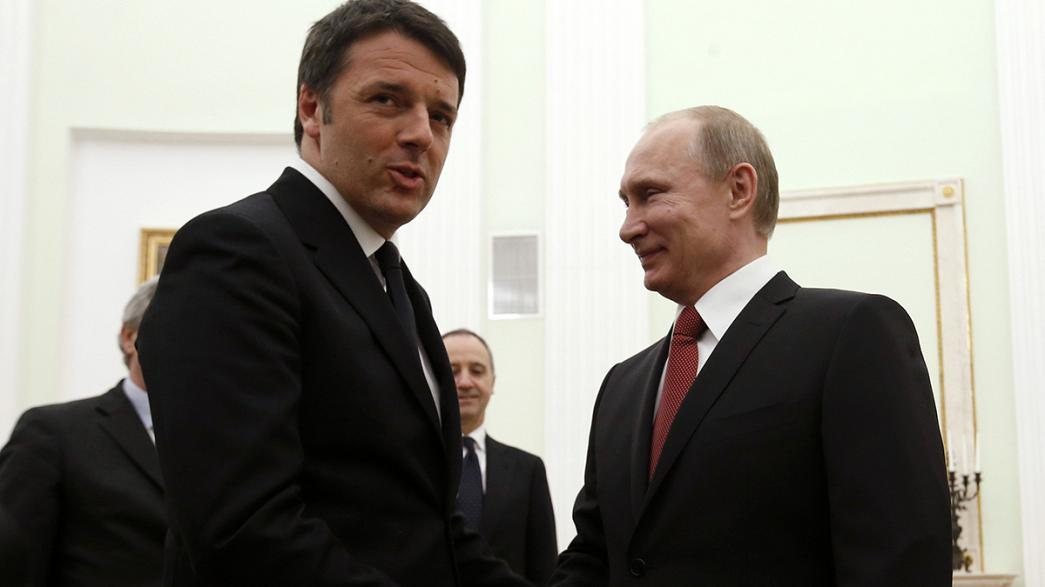 """Renzi a Mosca: """"la soluzione in Ucraina passa per una maggiore autonomia all'est"""""""