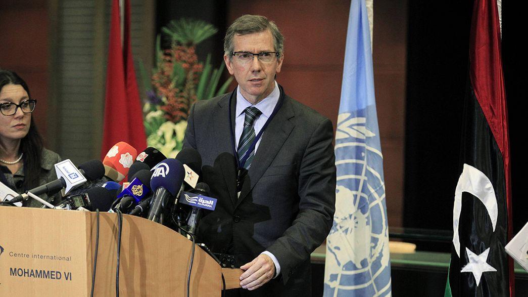 Fações líbias discutem cessar-fogo em Marrocos