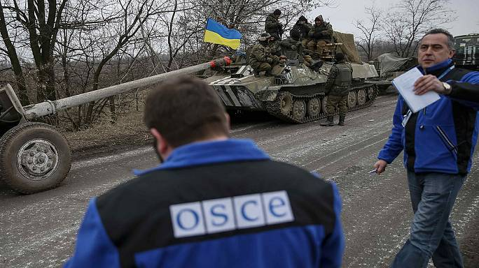 Megduplázzák az ukrajnai tűszünetet felügyelő EBESZ-alkalmazottak számát