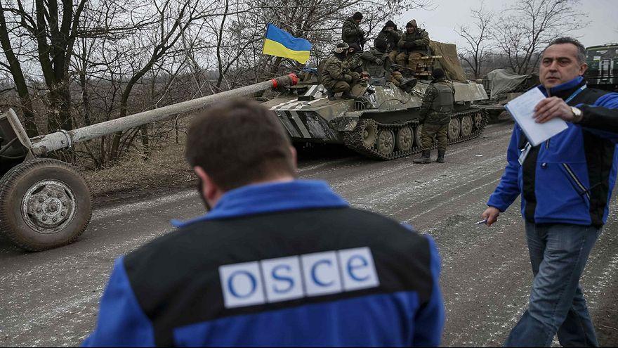 Ligero descenso de la tensión en el este de Ucrania