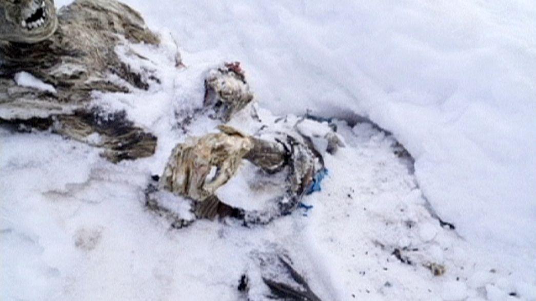 Encontrados dos cuerpos momificados abrazados en un volcán mexicano