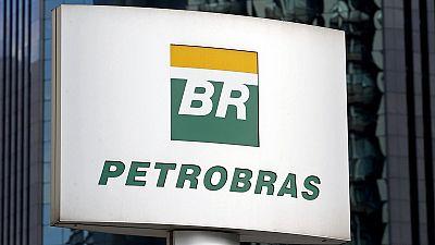 Brazil's supreme court to investigate politicians in Petrobras corruption