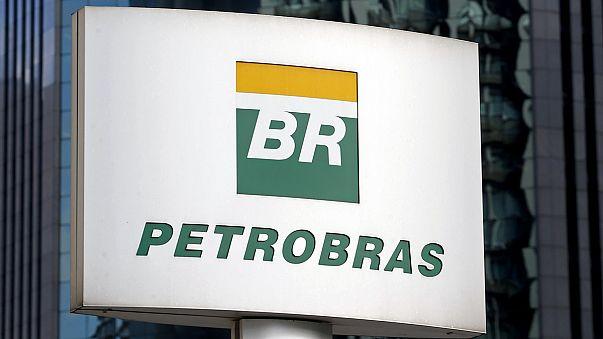 """Petrobras-ügy: """"top politikusokat"""" vádolnak"""