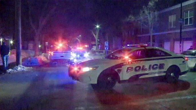 ABD'de 'Kanlı Pazar'ın yıl dönümünde siyahi genç polis kurşunuyla öldürüldü