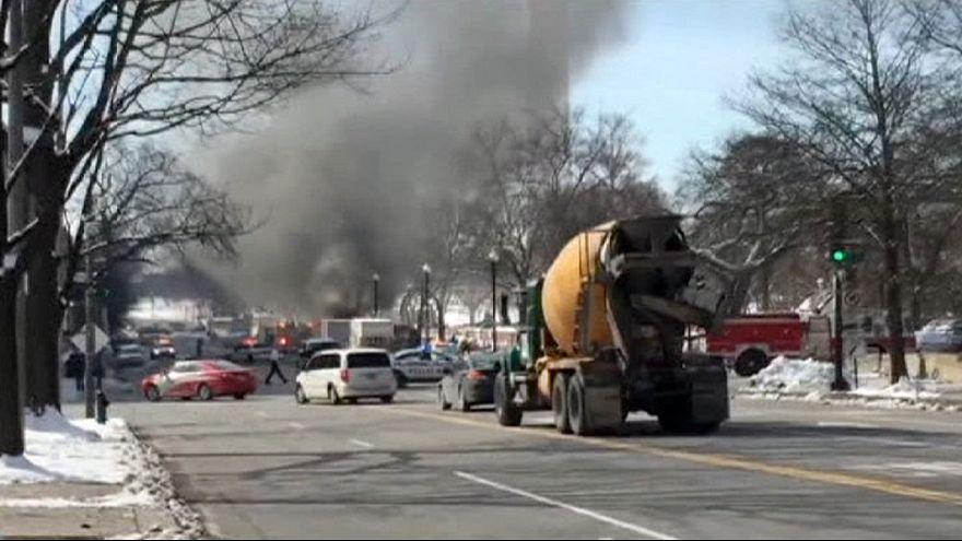 Incêndio em 'roulotte' de comida desencadeia alerta na Casa Branca
