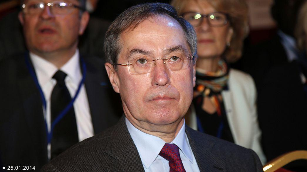 Francia. Incriminato l'ex ministro dell'Interno di Sarkozy. Avrebbe preso soldi da Gheddafi.