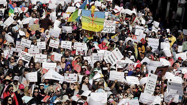 Faslı kadınlar 8 Mart'ta sokaklara döküldü