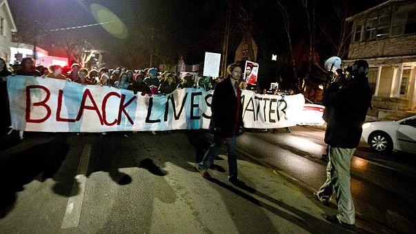 Polizist erschießt unbewaffneten Schwarzen - Wieder Proteste in den USA