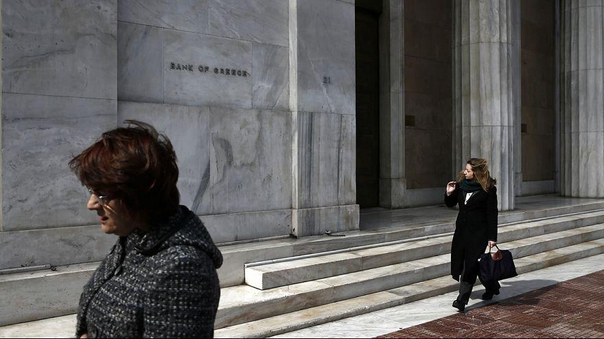 Grécia: proposta do governo para agentes amadores do fisco gera polémica