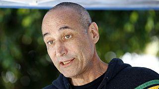 وفاة المخرج والمنتج سام سيمون