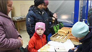 Ukraine: 'Dogs ate bodies' as locals struggled to bury the dead in Debaltseve