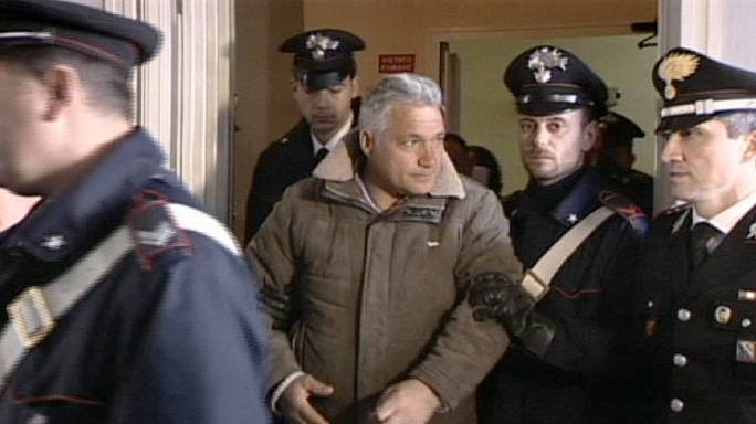 İtalyan mafya örgütü Camorra'ya darbe