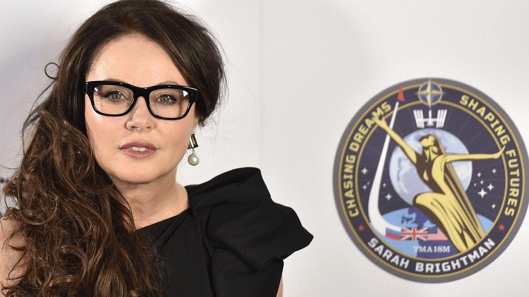 Sarah Brightman se prepara para dar la nota en el Espacio