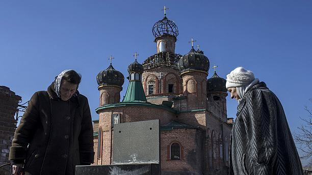 After battle, church in Donetsk lies in ruins