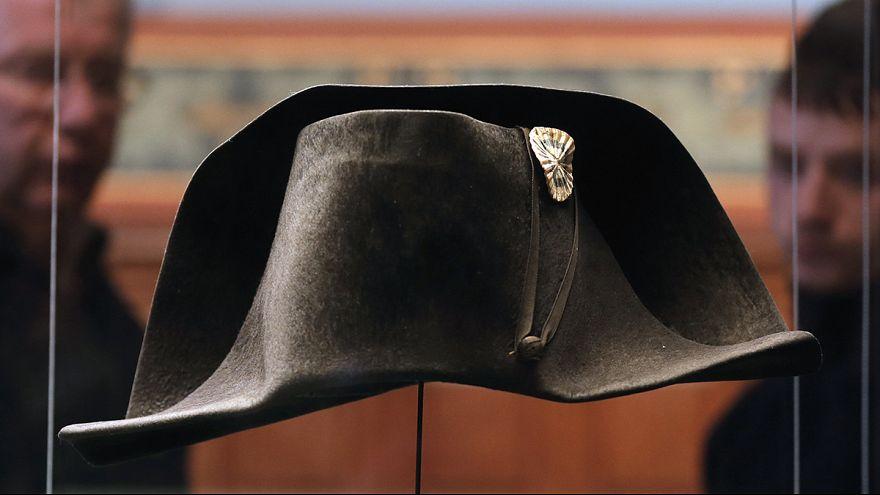 El sombrero de Napoleón pone rumbo a Waterloo