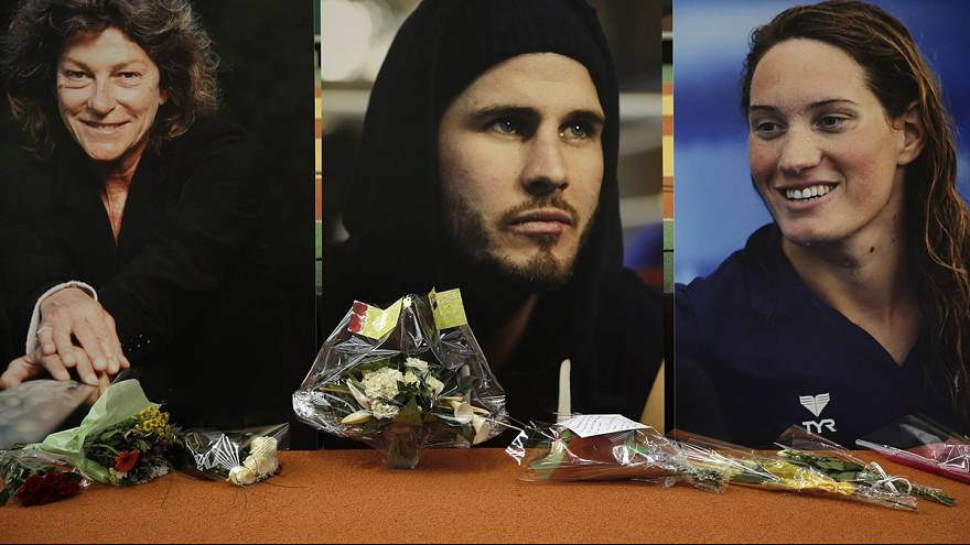 Tearful French athletes gather to mourn victims of Argentina crash