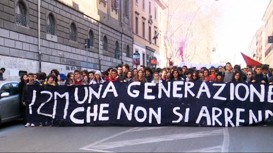Students in Italy protest Renzi's 'Good School' reform