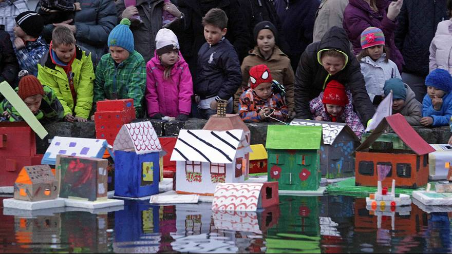 اهالی اسلوونی آغاز بهار را طی یک مراسم تاریخی گرامی می دارند