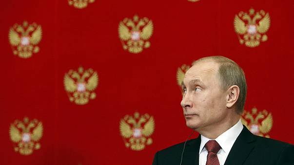 El Kremlin acalla los rumores sobre la salud de Putin con una aparición televisiva