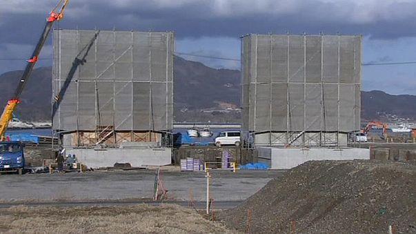 Cunami elleni betonfalat építenek Japánban a tengerparton