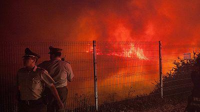 Chile: Incêndio desaloja milhares de pessoas