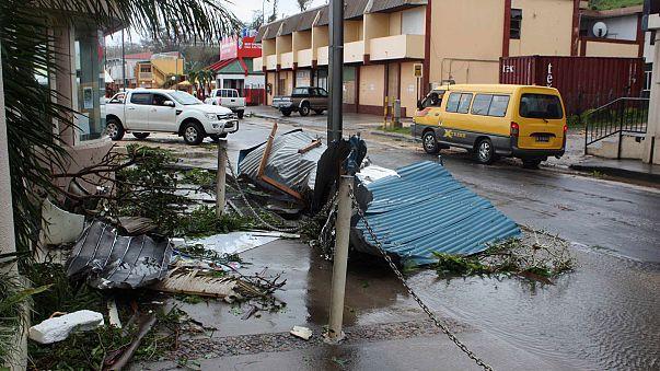 إعصار بام يخلف اكثر من اربعين قتيلا ويلحق أضرارا جسمية في فانواتو