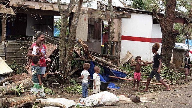 رئيس جزر فانواتو يقول إن بلاده تحتاج بداية جديدة بعدما ضربها اعصار مدمر