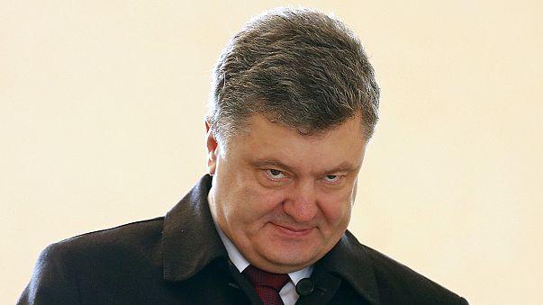 Ucrania intensifica la batalla diplomática mientras espera la paz en el Donbás