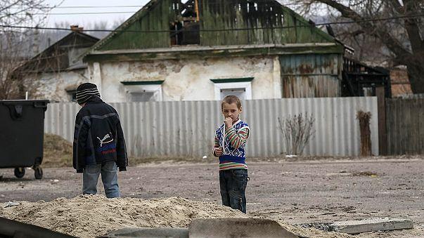 جنگ در شرق اوکراین زندگی کودکان را نابود کرده است
