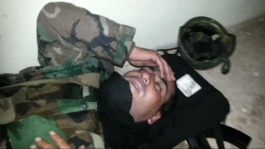 """Iraque: """"Peshmergas"""" denunciam ataques do EI com gás de cloro"""