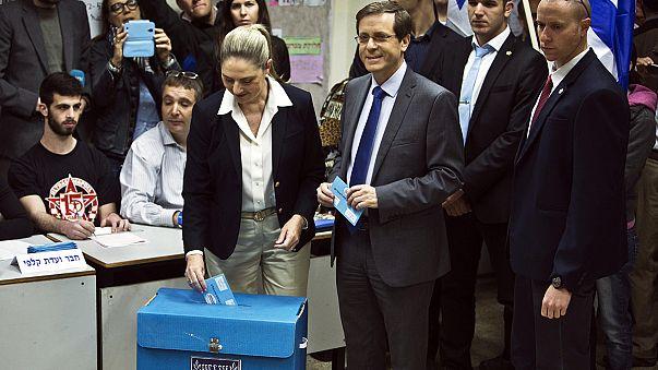 Israele al voto, giorno della sfida Netanyahu e Herzog