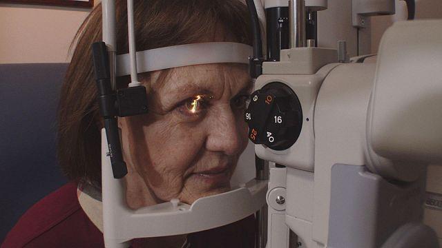 Un nouvel implant intraoculaire pour en finir avec la presbytie