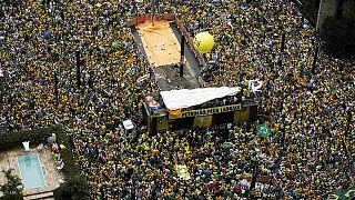 Brasiliens Präsidentin zeigt sich nach Massenprotesten einsichtig