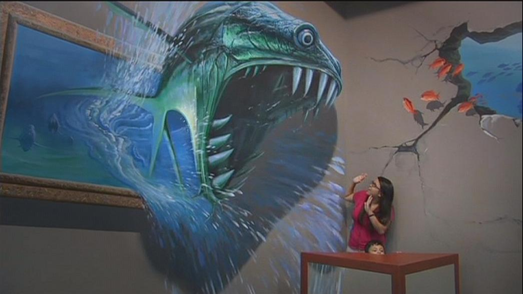 Em Manila, o público pode tocar em grandes obras de arte