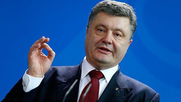 Porosenko: bojkottálni kell az oroszországi foci vb-t