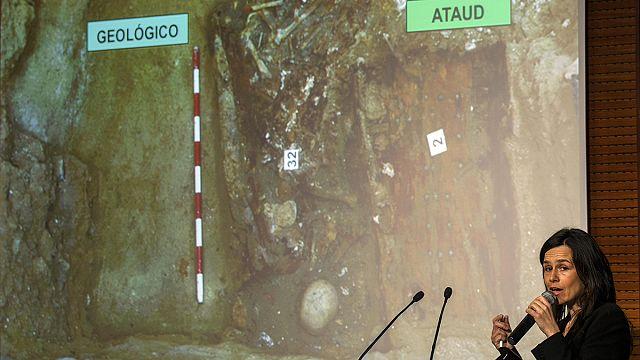 """العثور على بقايا عظام الكاتب الاسباني ميغيل دي ثربانتس صاحب رواية """" دون كيشوت"""""""