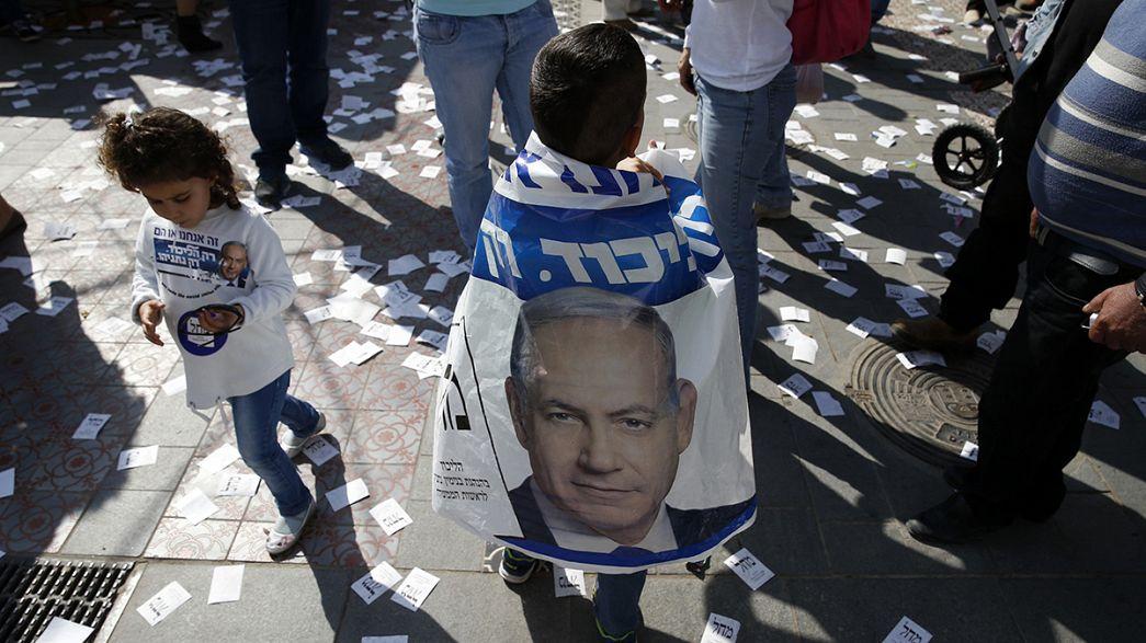 Si vota in Israele. Netanyahu cerca il quarto mandato da premier, ma i sondaggi danno in testa il laburista Herzog.