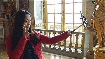 Selfie-Sticks in Versailles verboten!