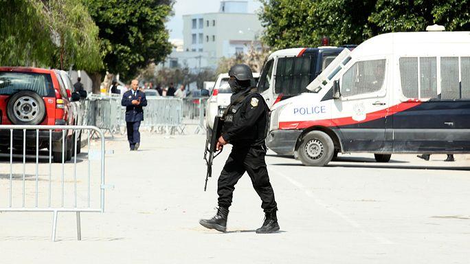 Тунис: антитеррористическая операция завершена, десятки убитых и раненых