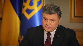 الرئيس الأوكراني يتهم روسيا بتحويل شبه جزيرة القرم إلى مركز عسكري