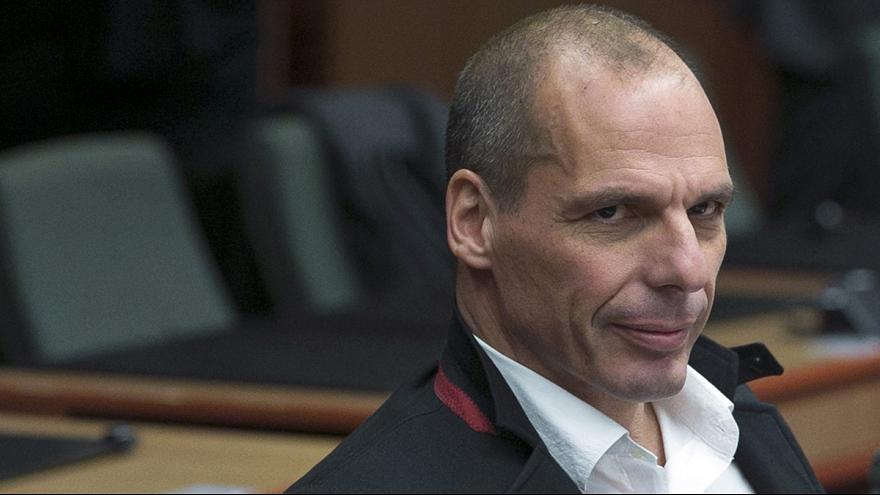 Confusion over Varoufakis offensive gesture row with Germany